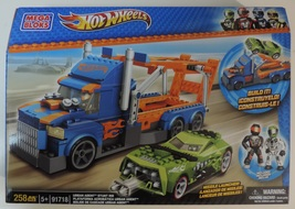 Mega Bloks Hot Wheels Urban Agent Stunt Rig set # 91718 w/ 258 pieces - New - $40.00