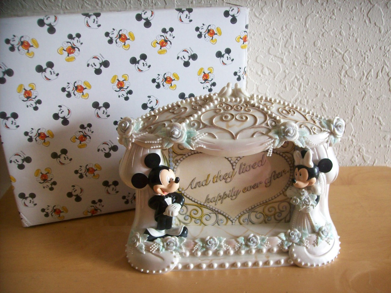Disney Mickey And Minnie Mouse Wedding Picture Frame
