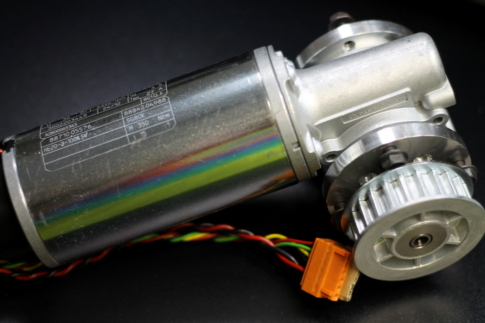 Right angle dunkermotoren gearhead motor type gr63x55 for Right angle electric motor