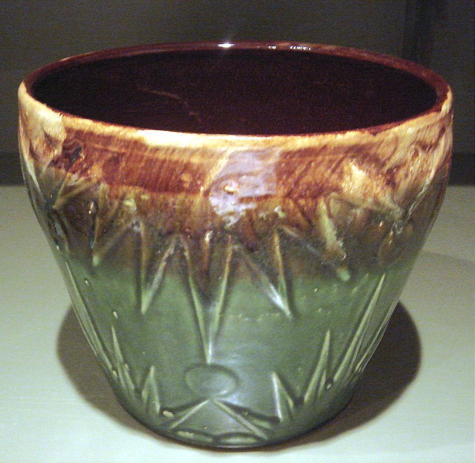 Pottery pot  large
