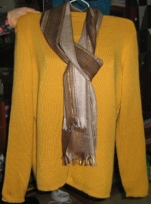 Yellow Cardigan with a short sleeve sweater,made of  Alpacaw