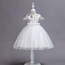 Ball Gowns White Tulle Embroidery Kids Flower Girl Dress Strapless Party Gowns  image 2