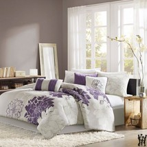 Madison Park Lola Purple Printed Comforter Set - $2.498,10 MXN+