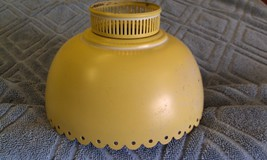 "7Z54 Vtg Metal Tole Lamp Shade 6 1/4"" Round w/Top Rail  & Scalloped Edge... - $29.00"
