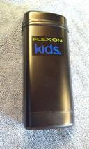 8A78 Flexon Kids Marchon Black Metal Eyeglasses Case Flip Top EXC COND - $22.77