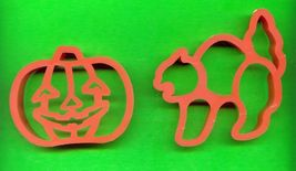 Halloween Pumpkin and Cat  Plastic Cookie Cutters .....Lot o - $3.00