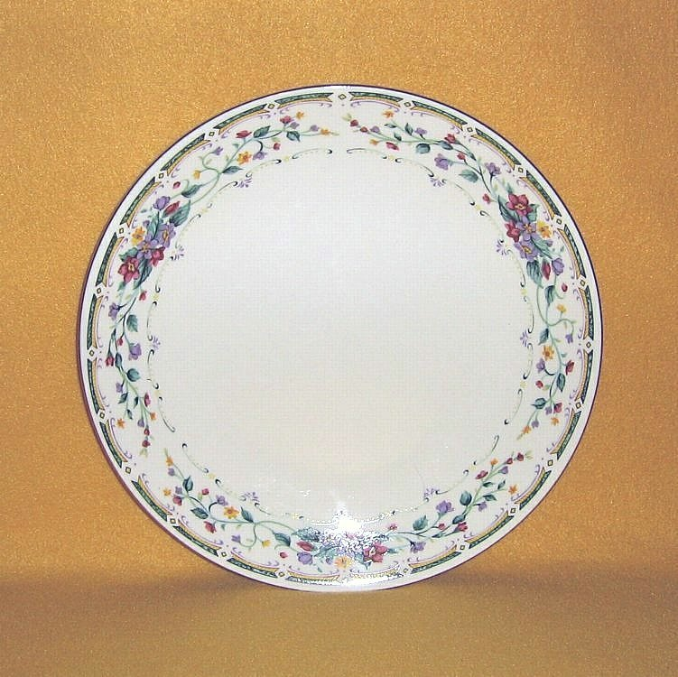 Tabletops Unlimited Royal Bouquet 4 Dinner Plates