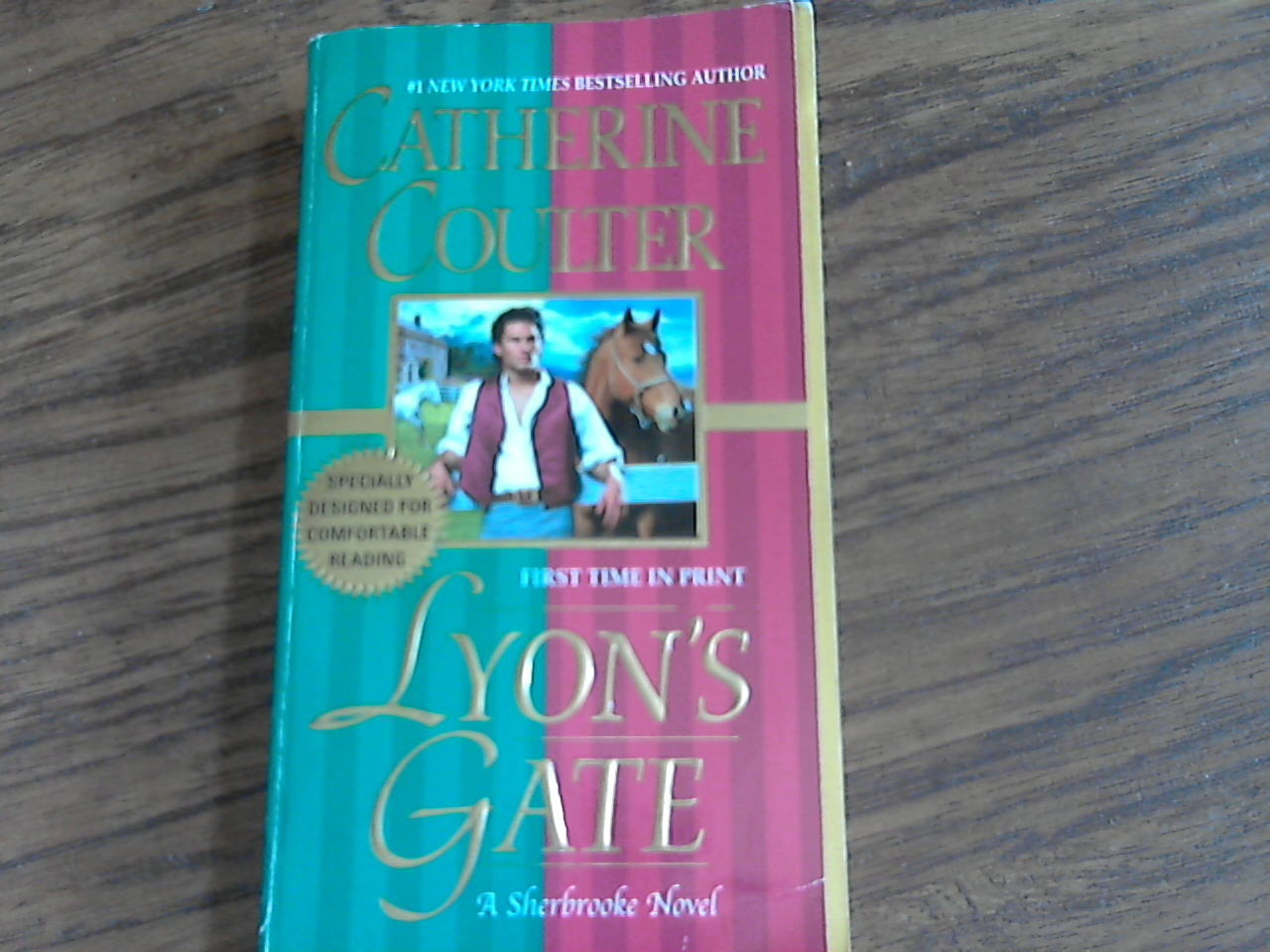 Primary image for Lyon's Gate By Catherine Coulter (2005 Paperback)