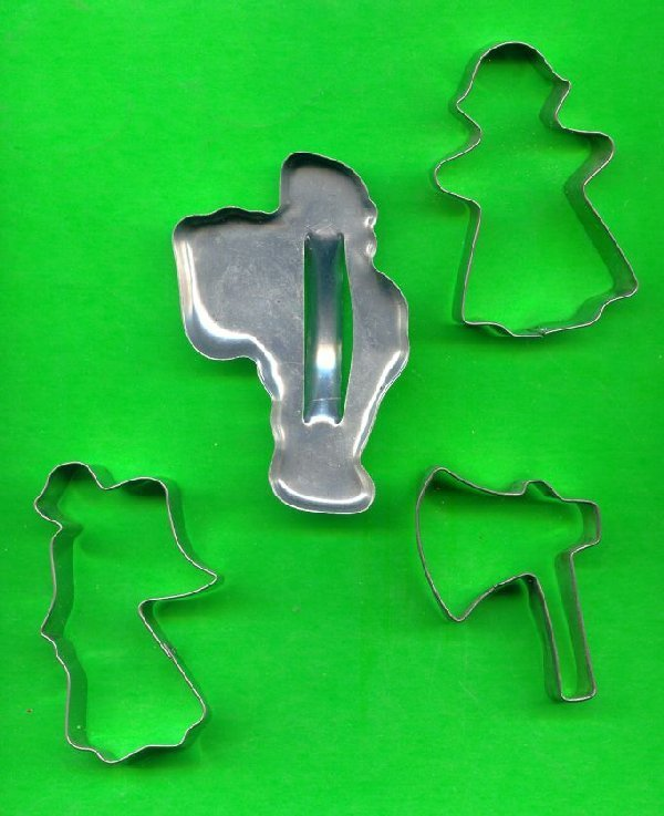 Lot of 4 Metal Cookie Cutters ck16