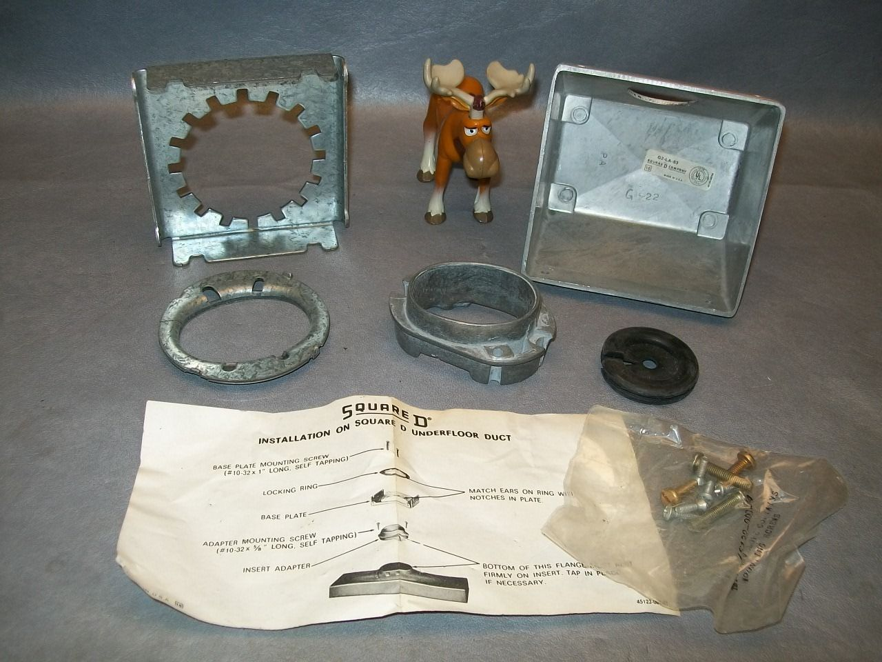 "Primary image for Square D G2-LA-S3 Service Fitting Housing Kit 1"" Bushed Opening"