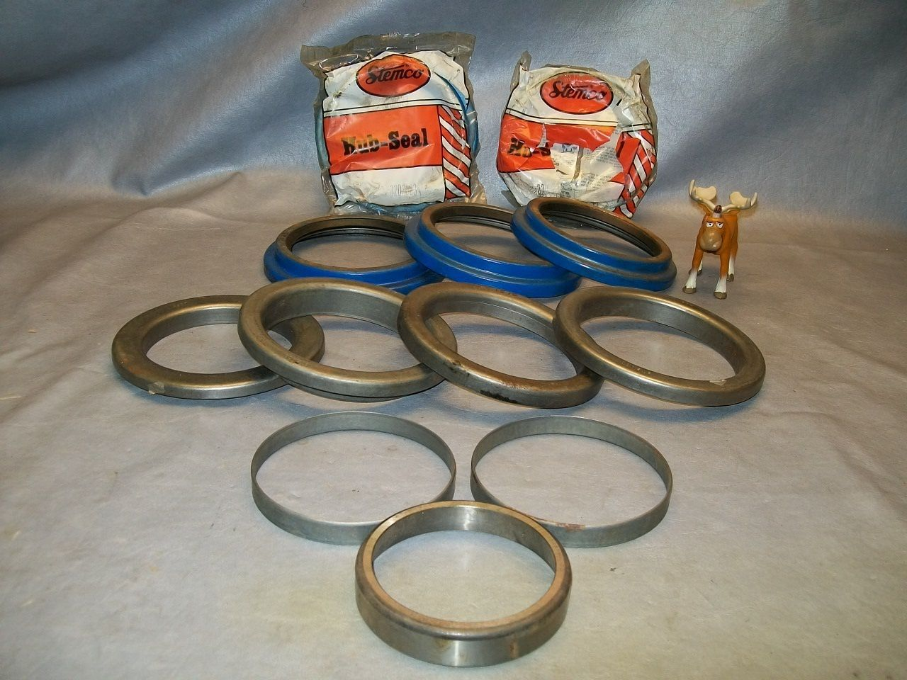 Primary image for Stemco Grit Guard Hub Seals and O Rings Large Lot of 12 Various Part Numbers