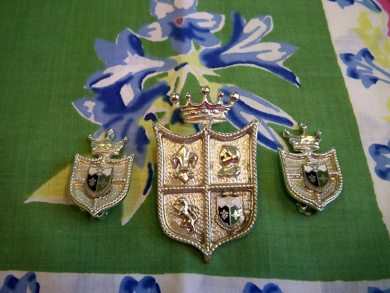 SALE! Vintage Coro Royal Crest Brooch and Earrings Set Silvertone Shield Camelot