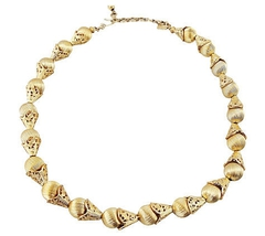 Monet Filigree Ball Runway Couture Necklace  - €72,01 EUR