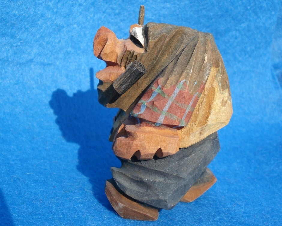 hand carved tiny wooden troll-possible Anri