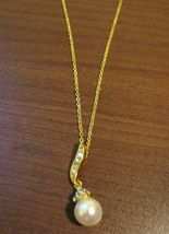 Lovely Pearl Solitaire & CZ Gold Necklace & Pendant NEW! #D586 - $10.99