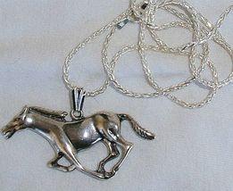 Horse silver pendant 3 thumb200