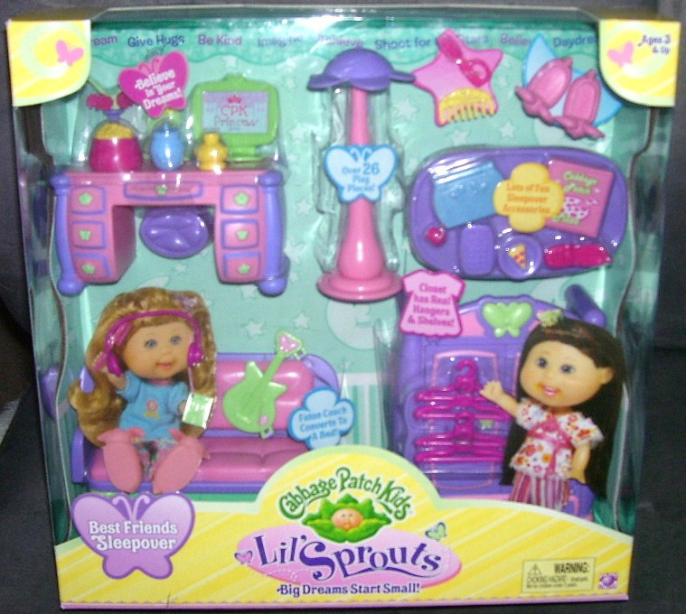 Cabbage patch kids little sprouts cabbage academy playset.