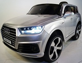 AUDI Q7 (Model JJ 2188) licensed Battery operated Ride On Car 2.4 Ghz Re... - $469.42