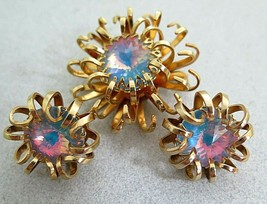 Vintage SARAH COVENTRY Mystic Blue Rivoli Rhinestone Pin & Earrings Set - $18.04