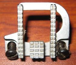 Singer Free Arm 6211 Feed Dog #179891 w/Mounting Screws Near New Used - $6.00