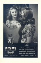 1946 Argus Argoflex Twin Lens Camera mirror shot print ad - $10.00