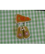 Oklahoma Beaded Felt Souvenir Moccasins Tiny Shoe Brooch or Pin - $9.89