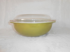 Pyrex Verde 024 with Lid - $15.00