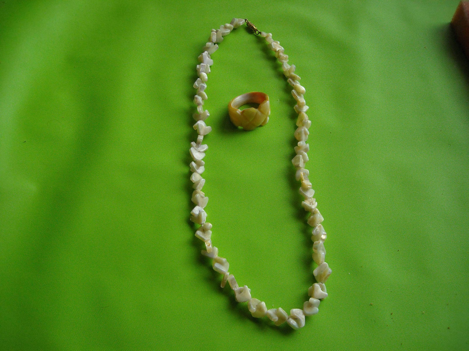 Primary image for Vintage Mother of Pearl Necklace Boomarang & Carved MOP Ring 6.5 Unique