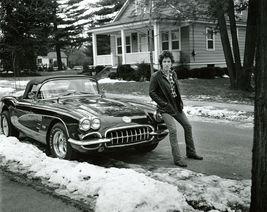 Bruce Springsteen Corvette VC4U Vintage 20X24 BW Music Memorabilia Photo - $36.95