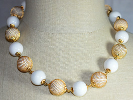 Vintage Gold Tone White Acrylic Metal Mesh Bead Beaded Choker Necklace - $19.80