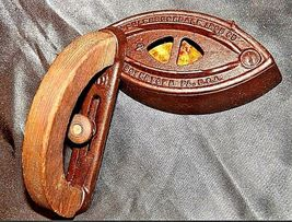 Antique Colebrookdale SAD Iron Co. Boyertown PA USA No. 2 with Handle AB 565-R image 4