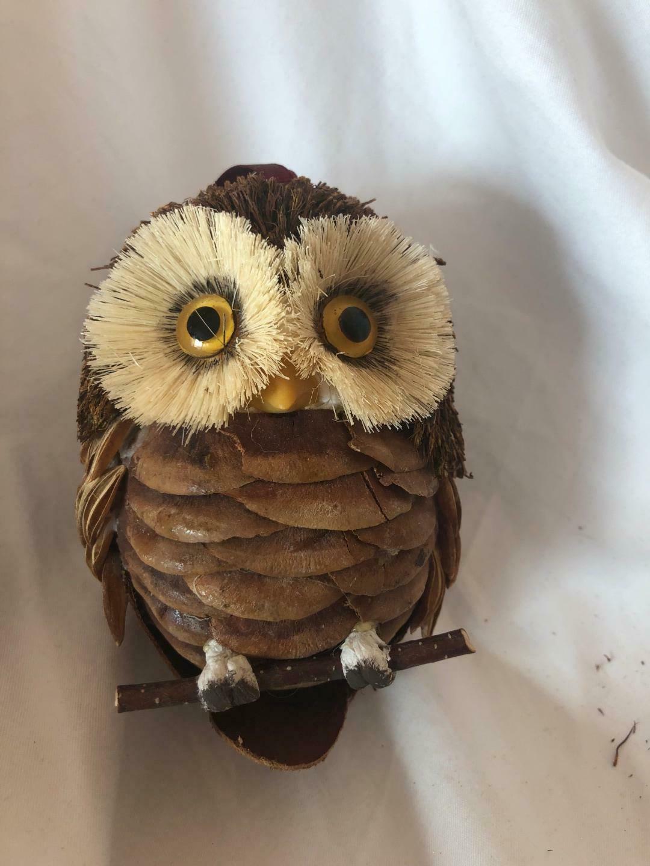 Unique set of 3 items with Owl Motive Vintage Set