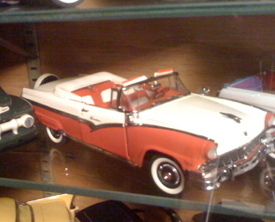 Primary image for 1956 Ford Fairlane Sunliner Convertible DANBURY MINT DIECAST