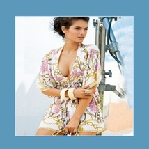 Hawaii Caftan Roses and Chain Print Beach Cover Up Dress With Batwing Sleeves image 1