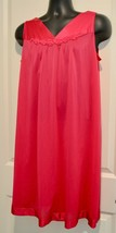 Vintage Vanity Fair Hot Pink Nylon Sleeveless Nightgown M - $17.81