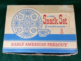 Anchor Hocking Early American Prescut Snack Set 8 pcs Cups Trays Vintage... - $14.55