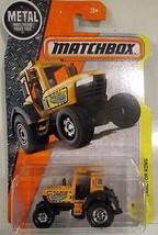 Matchbox 2017 37/125 Construction Orange Tractor King - $4.94