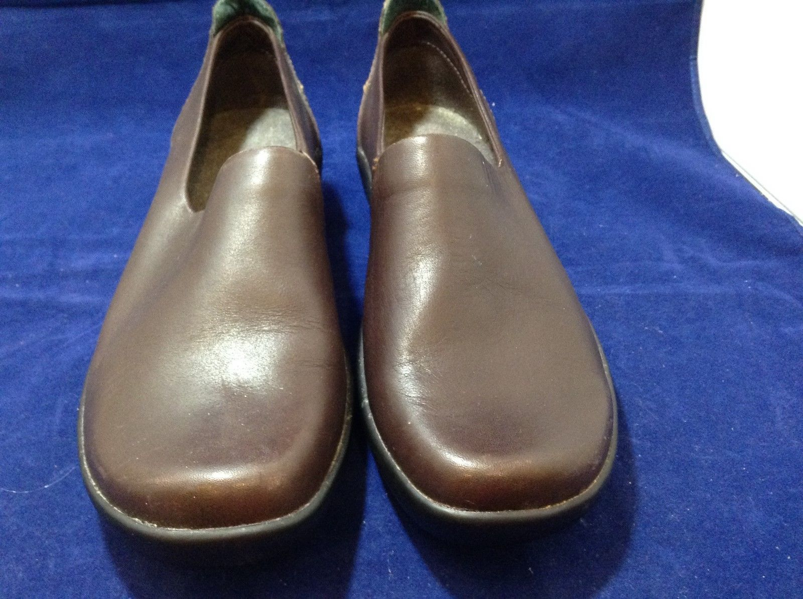 L.L. Bean Ladies Brown Casual Slip-on Shoes sz 9M