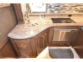 2017 THOR MOTOR COACH TUSCANY 45AT For Sale in Severn, MD 21144 image 11