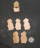 LOT of 5  MINIATURE Unfinished  Wood THANKGIVING Woman PILGRAM NEW - $2.75