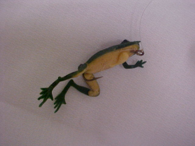 Vintage Decoy  Frog Rubber Fishing Lures