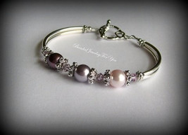 Pearl bridesmaid bracelet: bridesmaid jewelry, pearl wedding jewelry  - $27.00