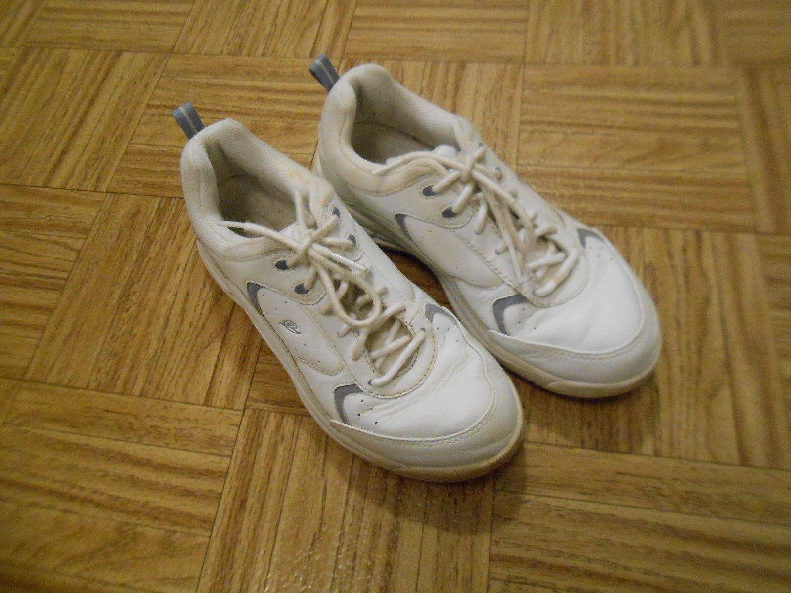s easy spirit white leather shoes anti gravity size
