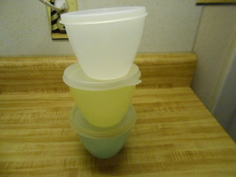 tupperware pastel bowls with lids set of 3 pastel bowl and 3 size A  lids - $12.69
