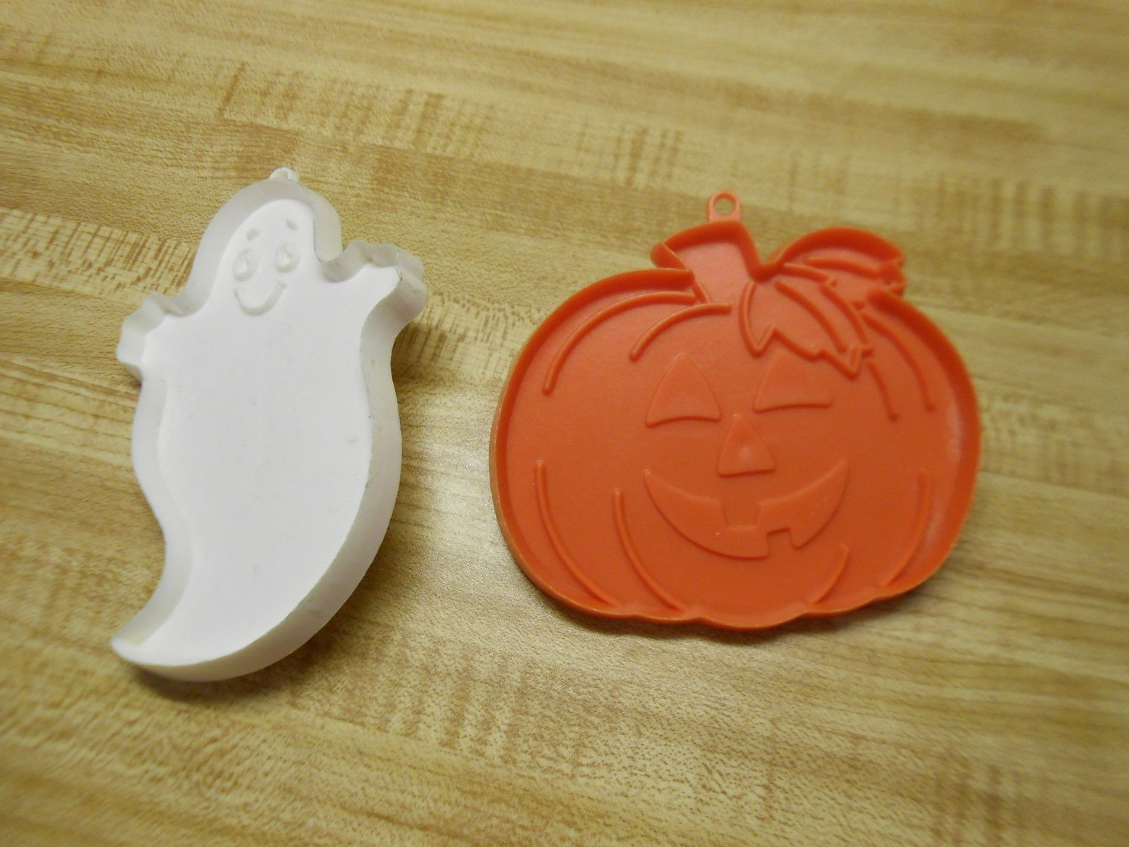 Hallmark Cookie Cutters For Halloween And 31 Similar Items