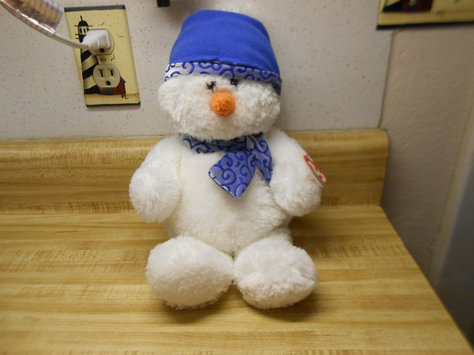 Primary image for ty beanie babies snowman with bean bag bottom from 2007 ty Igloo snowman