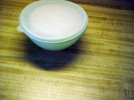 tupperware bowls and lids pastel wonderlier bowls with lids older style ... - $9.36