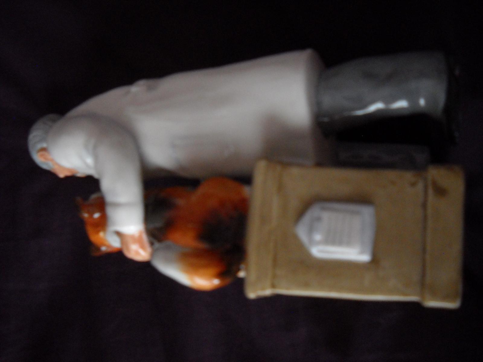 1974 Royal Doulton Figurine Thanks Doc! HN2731
