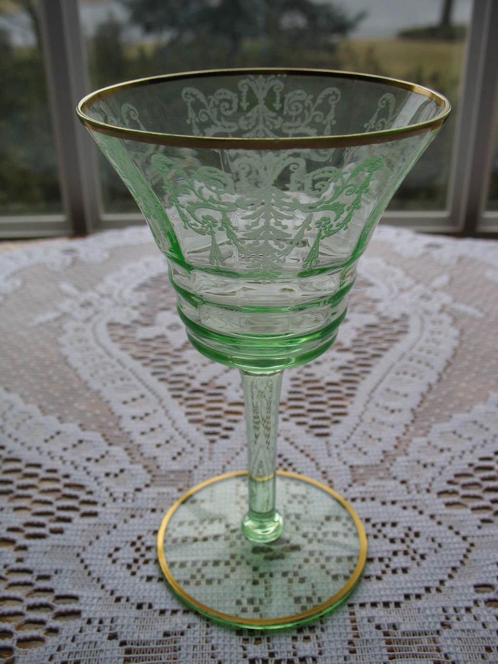 CAMBRIDGE Green CLEO Etched Champagne Goblet