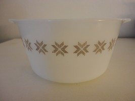 Vintage Town and Country 473 1 qt Casserole dish without Lid  (1963-1967) - $9.89